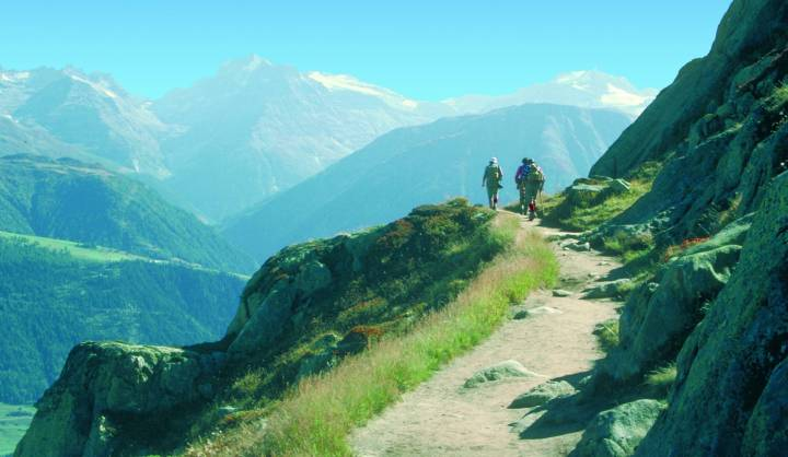 Hiking week guided hikes Aletsch Matterhorn